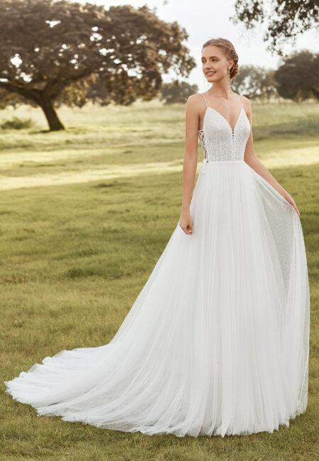 Rosa Clará Boheme, Brautmode, Hochzeistkleid, Braut, Parkanlage