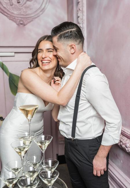 Justin Alexander Brautmode, Brautkleider, Hochzeitskleider, kleine Hochzeit, Brautpaar